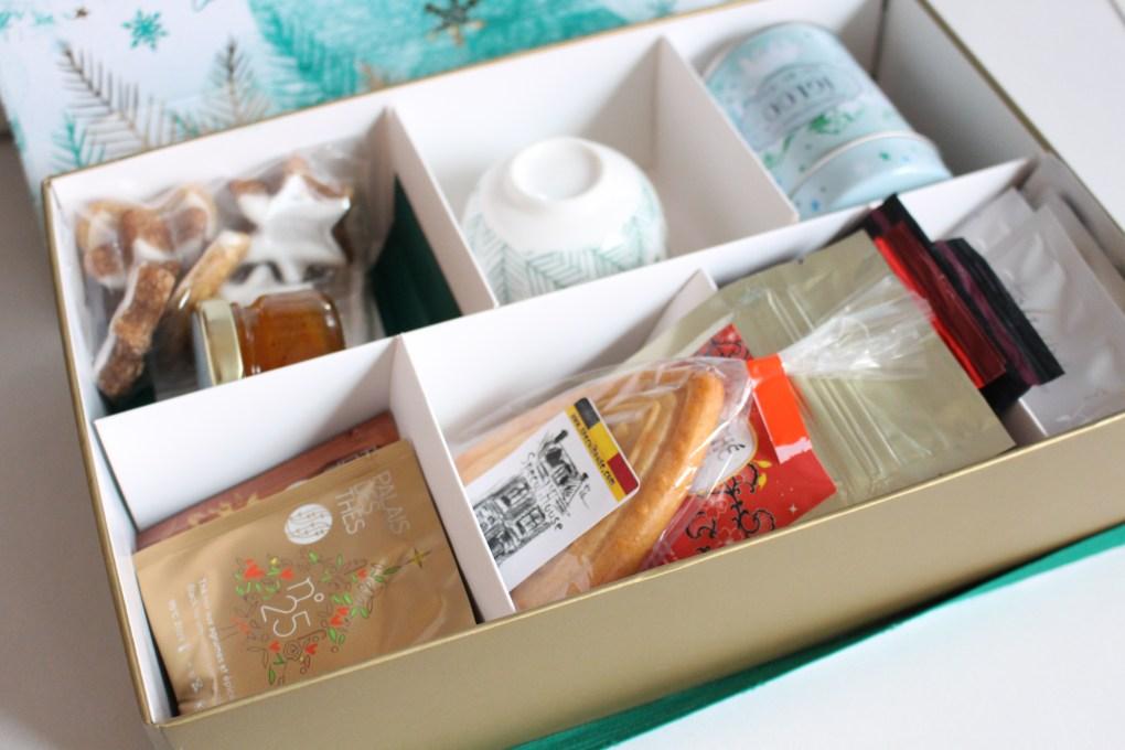 alt-contenu-thé-box-décembre-au-royaume-de-noël