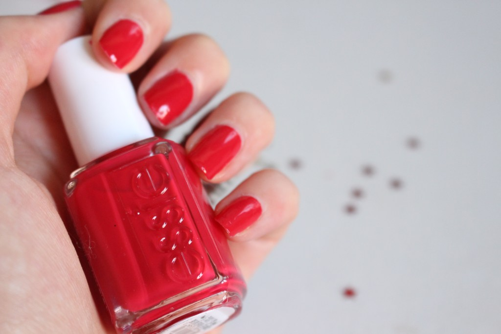 alt-nail-polish-nail-art-attitude-essie-red