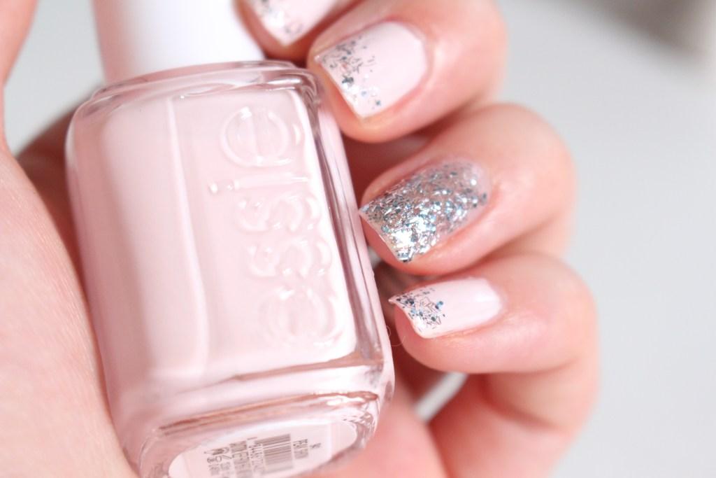 alt-nail-art-pink-Peak-Show-essie