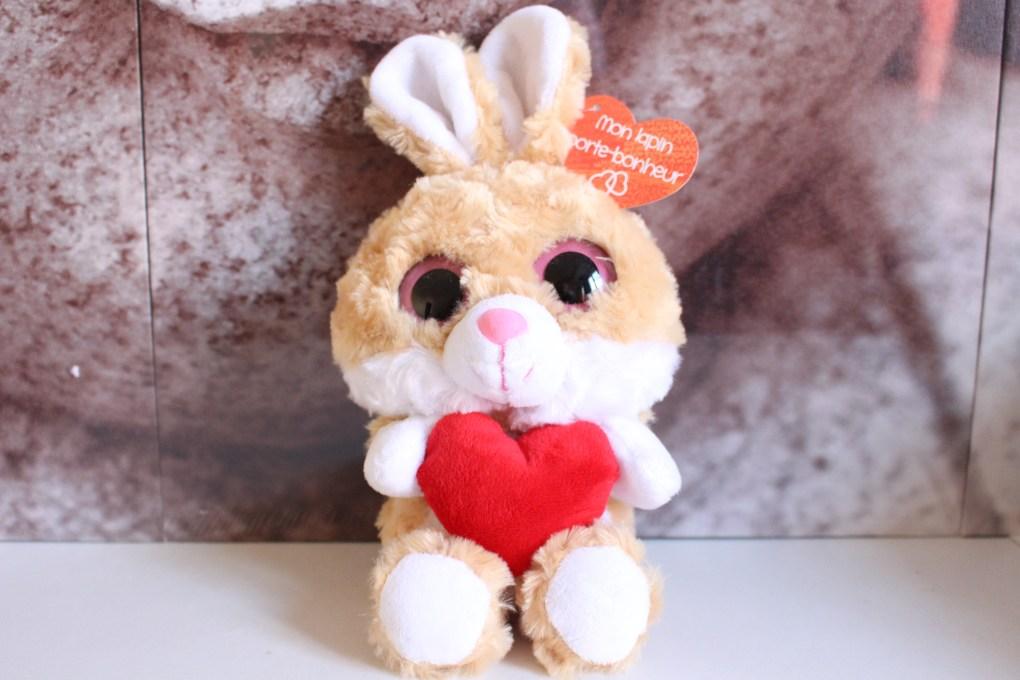 alt-nounours-lapin-coeur-peluche