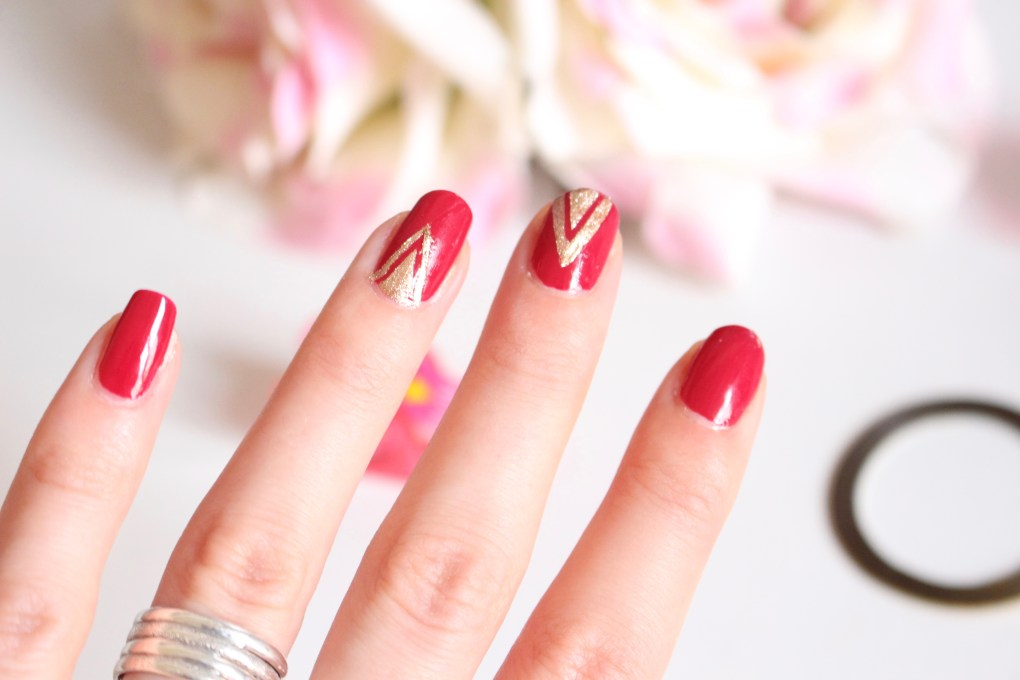 alt-Tuto-Nail-Art-Triangle-Doré-lady-heavenly-blogueuse-beauté
