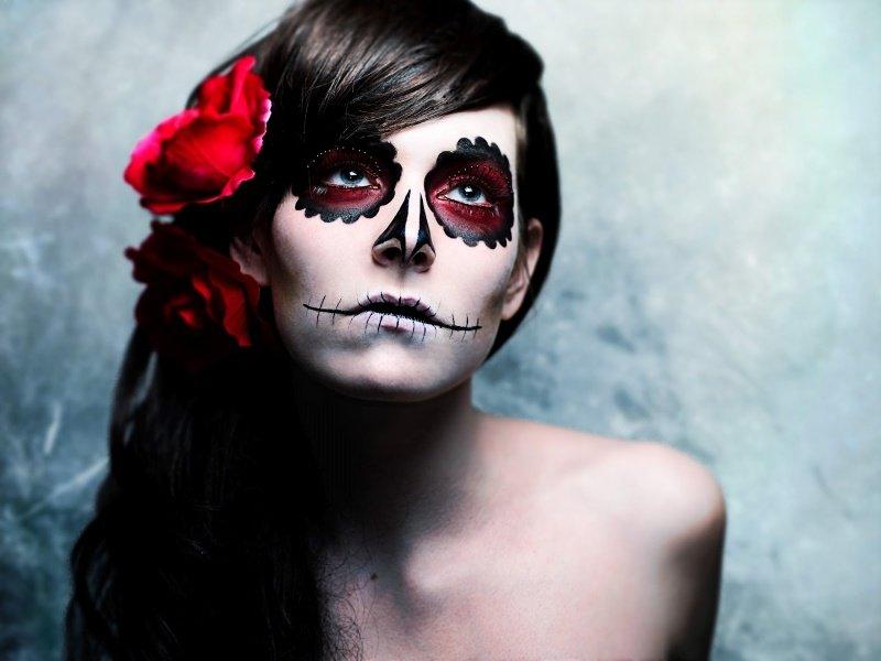 alt-maquillage-halloween-femme-tete-de-mort-calavera-idée-de-déguisement-pour-halloween