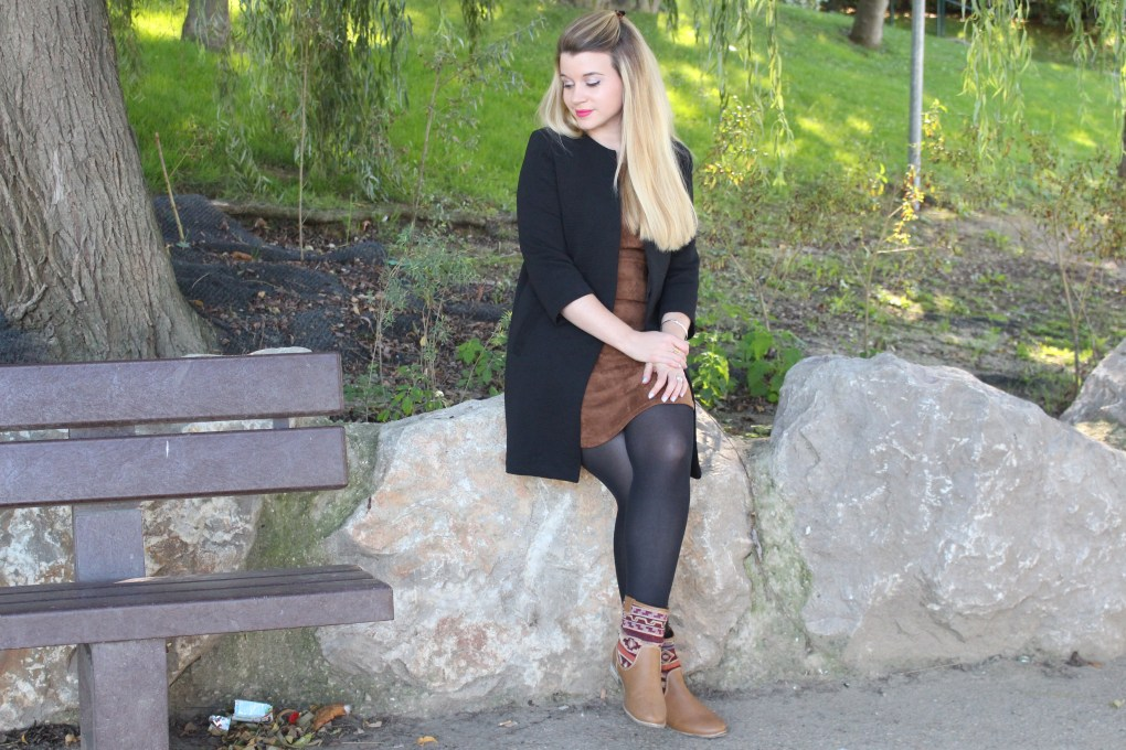 alt-look-fashion-blogger-lady-heavenly-blonde-girl