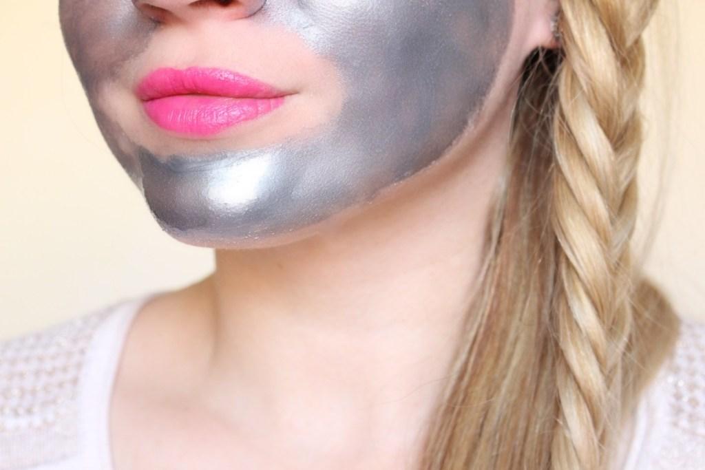 alt-application-masque-visage-argenté