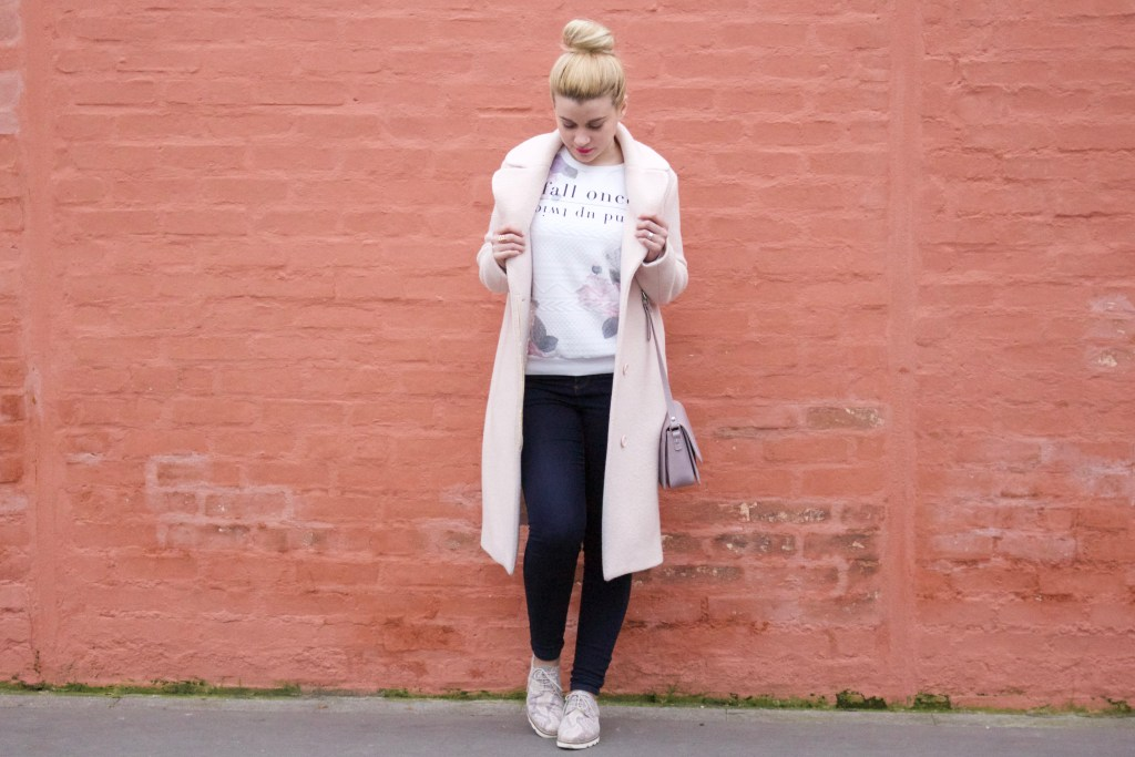 alt-look-printemps-pastel-lady-heavenly-ne-te-decouvre-pas-d'un-fil