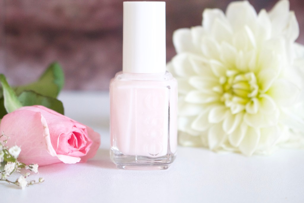 alt-vernis-soin-essie-sheers-to-you