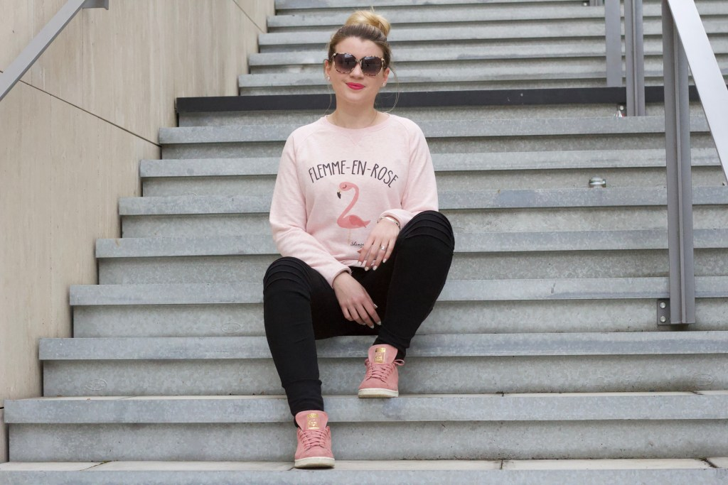 alt-lady-heavenly-escaliers-look-sweat-shaman-flemme-en-rose