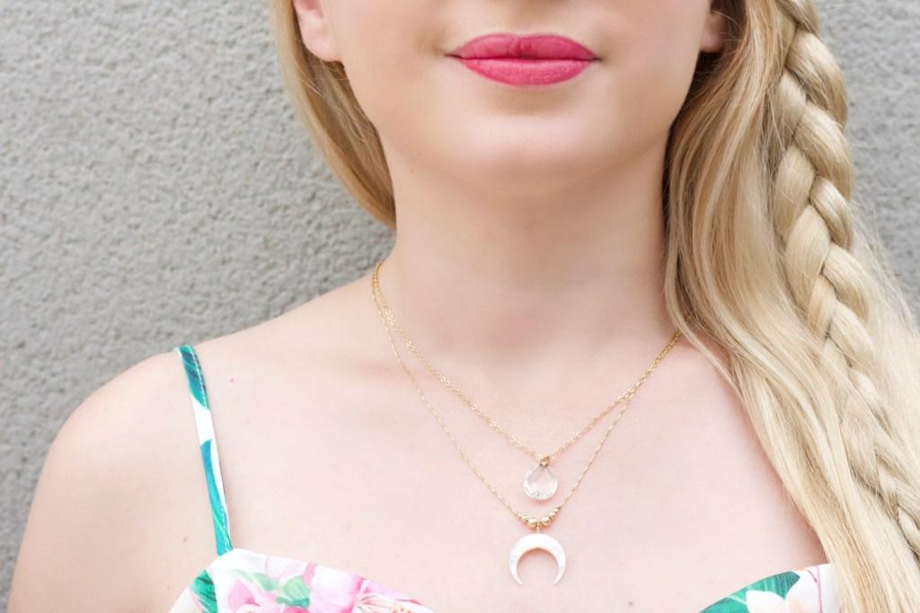 alt-collier-lune-doré-pierre-quartz-reveryz