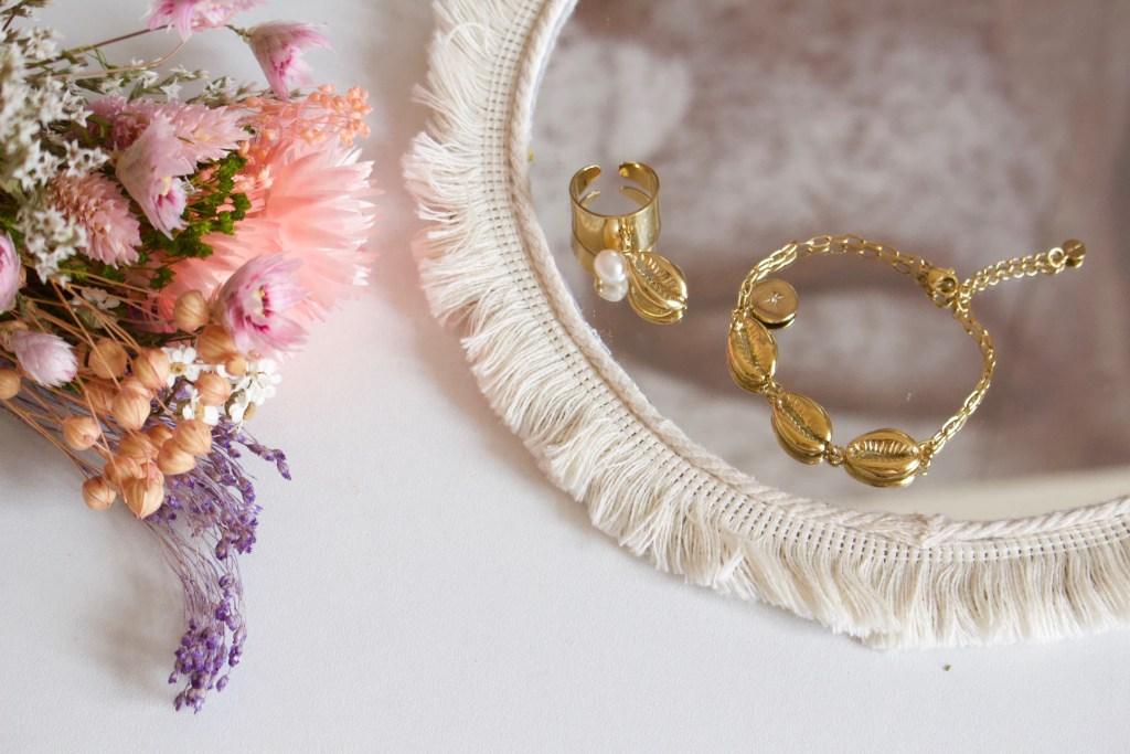 alt-collier-coquillage--bijoux-grain-de-café-bague-bracelet-ikita