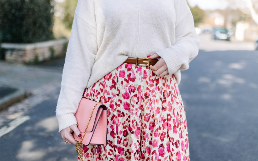 The everyday edition of the midi skirt