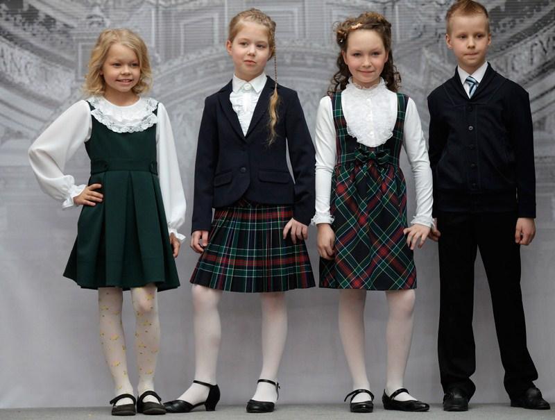 487c80d1efd Модные юбки в школу. Модная школьная форма — фото