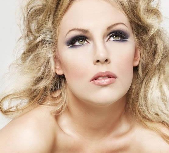 Макияж для блондинок: с голубыми, зелеными, серыми и ...