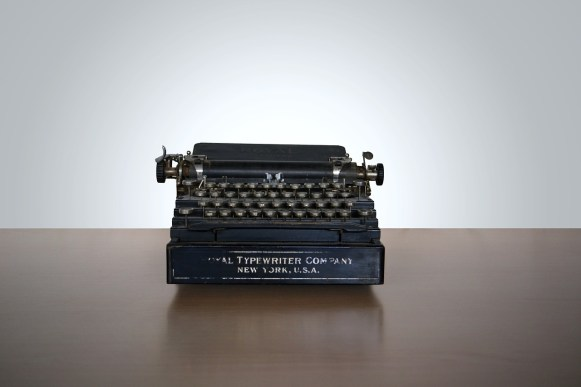 typewriter lonely