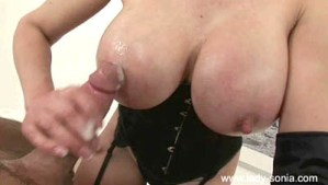 An Unfaithful Wifes Love Of Cum