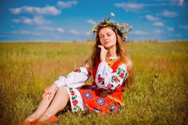 Самые красивые фамилии для девушек Русские и иностранные