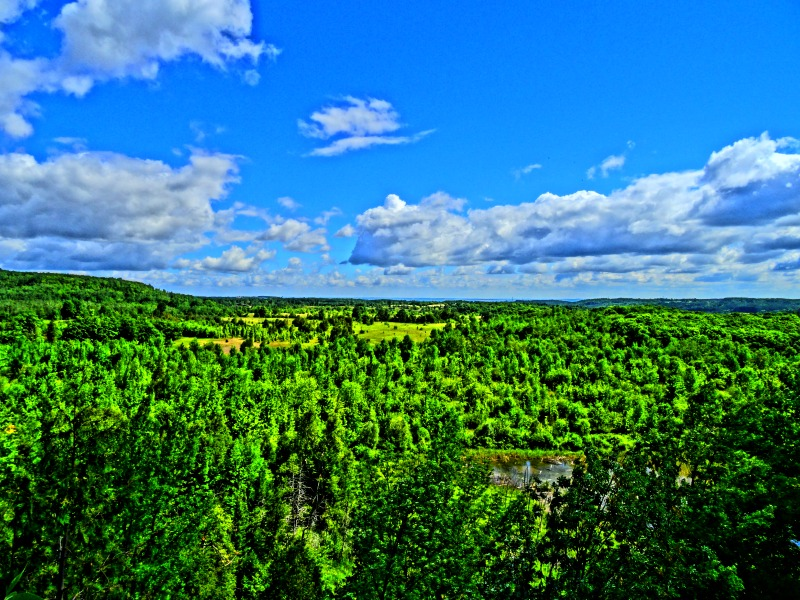 Mono Cliffs lookout