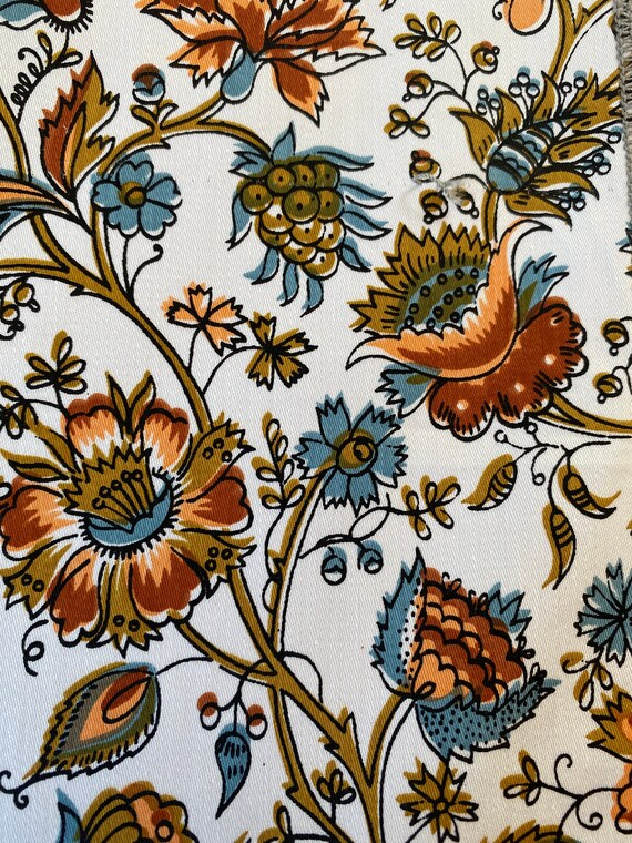 """Vintage 1960s David and Dash """"Richmond on Utopia"""" Floral Fabric"""