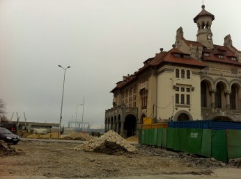 City centre of Constanta, on the way to the Black sea coast
