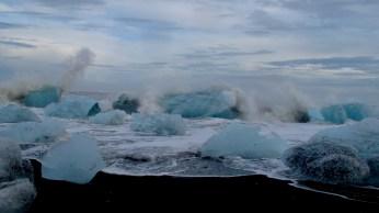 Ocean waves and icebergs