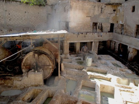 Inside the tannery, Fès. In december smell was not that bad, really, bearable. But with summer heats should be more complicated. Then - mint leaves help.