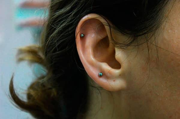 Сколько заживают уши после прокола. Что делать, если долго заживают уши после прокола? Заживают уши после прокола пистолетом