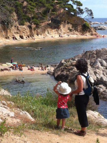 Cala Estreta. Ruta por la Costa Brava con niños