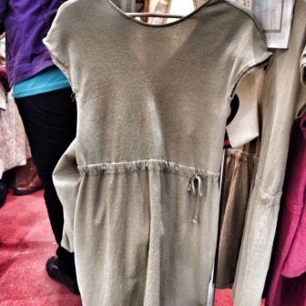 Vestido de algodón orgánico producido en Andalucía de Cotó Roig