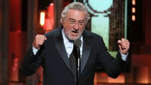 Video: Duras palabras de Robert De Niro contra Trump durante los premios Tony y recibe una gran ovación