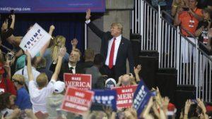 Acciones de Trump en inmigración le pasarán factura en elecciones legislativas de noviembre