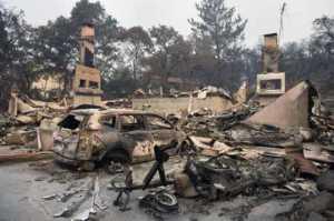 Al menos 31 fallecidos y más de 100 desaparecidos por los incendios