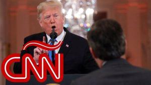 Trump cuestiona, amenaza y calla a reportero que pregunta sobre caravana migrante