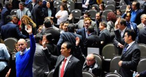 Diputados aprueban confiscarle bienes a tratantes de personas, corruptos y huachicoleros