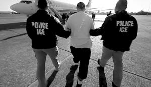 """El gran negocio de los """"vuelos de migrantes deportados"""""""