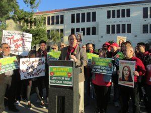 No más escuelas públicas amenazadas con la privatización, mensaje de maestros, padres y estudiantes al gobernador Newsom y al titular de Educación de California, Tony Thurmond