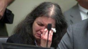 Cadena perpetua a pareja que torturó a 12 hijos