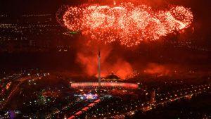 Video de la celebración del Día de la Victoria en Moscú con su tradicional espectáculo de fuegos artificiales