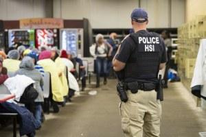 Confirman 8 mexicanos entre detenidos en plantas de Misisipi