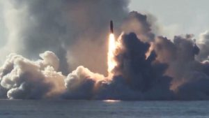 Rusia prueba misiles balísticos intercontinentales lanzados desde submarinos nucleares