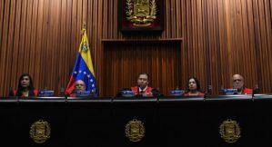 El Tribunal Supremo venezolano ordena enjuiciar a tres diputados por traición a la patria
