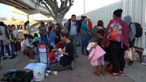 Ola de desesperación entre migrantes en frontera mexicana por el fallo de la Corte Suprema para rechazarlos