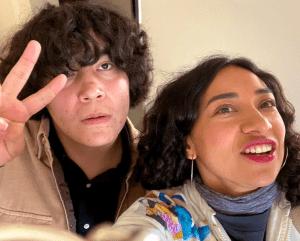 Videos: Por meses soportaron bullying, y hoy llega un premio: Flor Amargo y Ed Maverick van al Vive Latino
