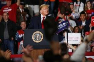 'Con todo respeto', México está pagando por el muro: Trump