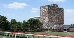 La Universidad Nacional Autónoma de México crea la licenciatura en ingeniería aeroespacial