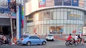Videos: Un soldado mata a una veintena de personas en Tailandia. Transmitió el asalto en Facebook Live y subió ´selfie´ a la red