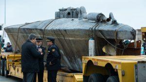 Videos: interior del narcosubmarino sudamericano con cocaína valuada en 100 millones de euros, interceptado en España