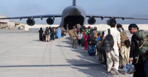 Casi 50 estudiantes del área de Sacramento aún no pueden salir de Afganistán