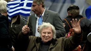 A los 96 años, muere el compositor Mikis Theodorakis, autor de 'Zorba el griego'