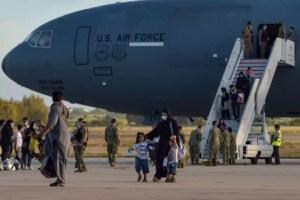 27 estudiantes de California están varados en Afganistán, según el distrito escolar de San Juan