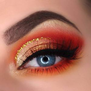 Miss Naturella eyelash extensions