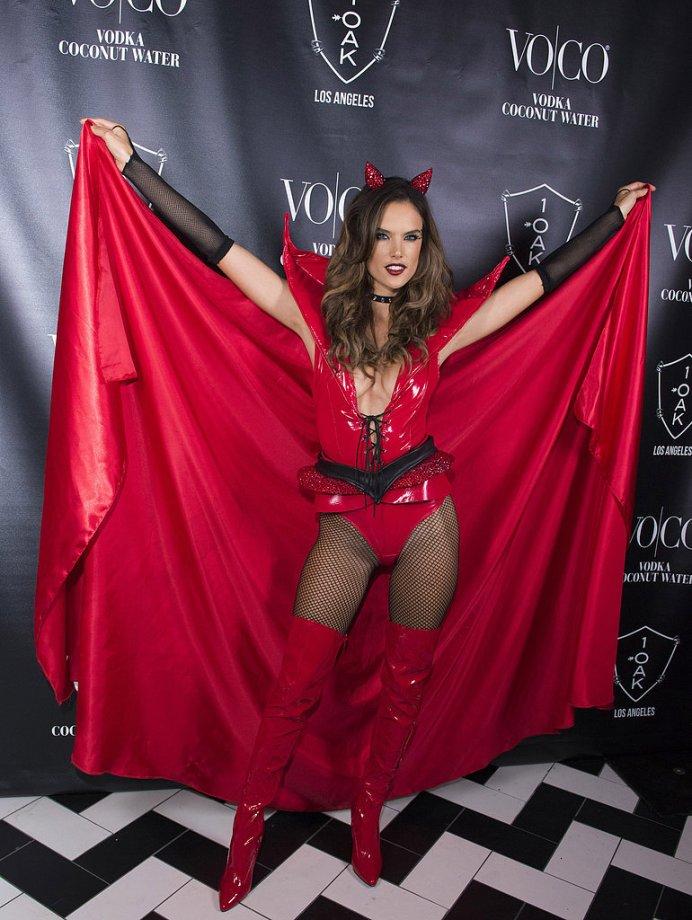 Alessandra Ambrosio-Devil